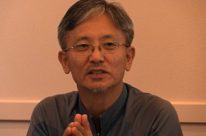 Rev. Deasoo Lee